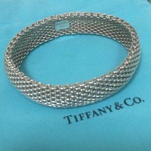 🔴💗Authentic Tiffany & Co Mesh Bangle 🌸💐🌹